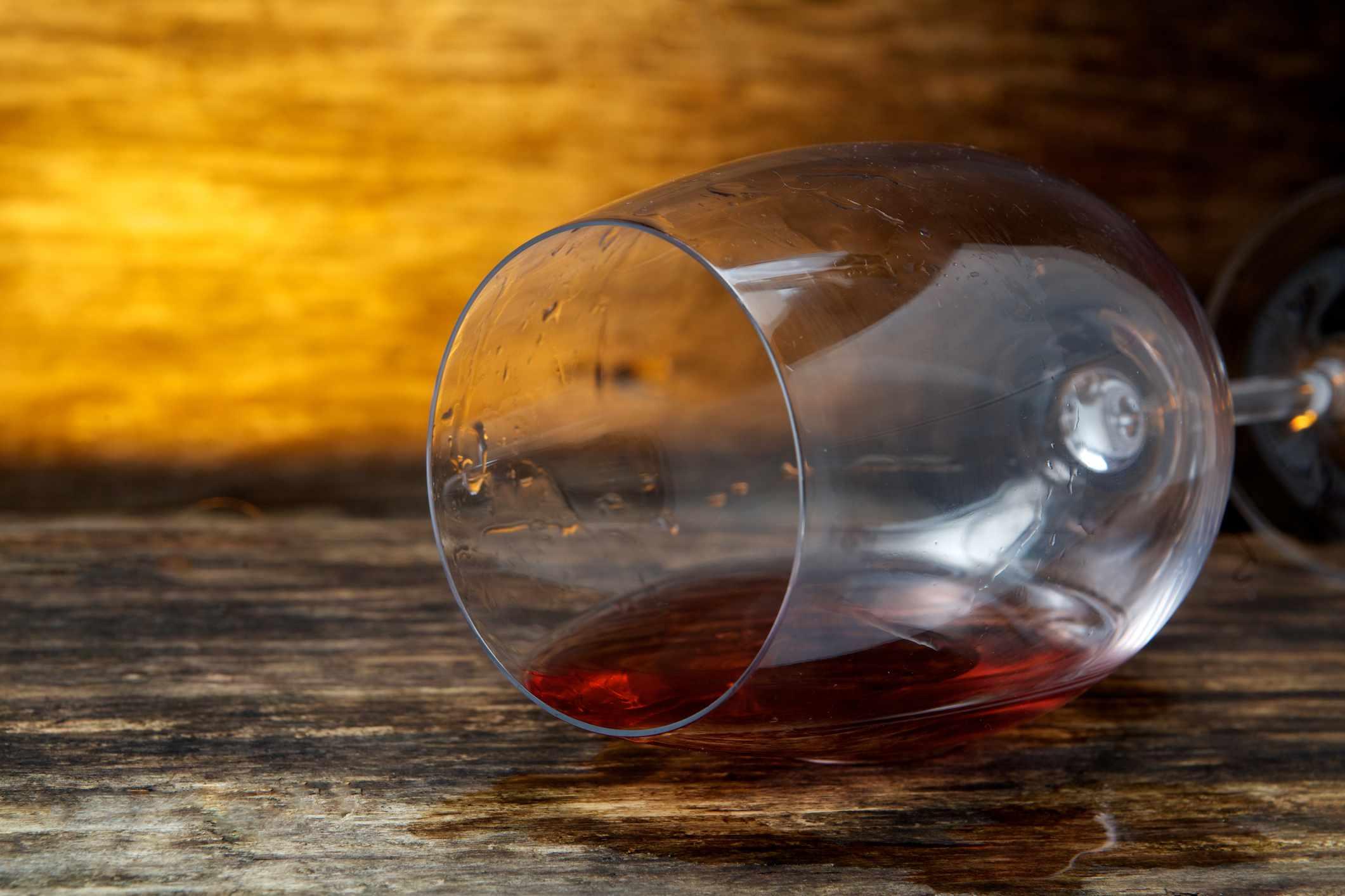 C mo quitar las manchas de vino kirby - Como quitar manchas de lejia ...