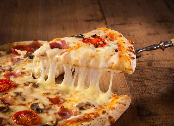 como quitar manchas de queso
